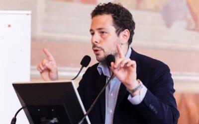 IMMAGINARE LA CURA – intervista a Francesco Luccisano